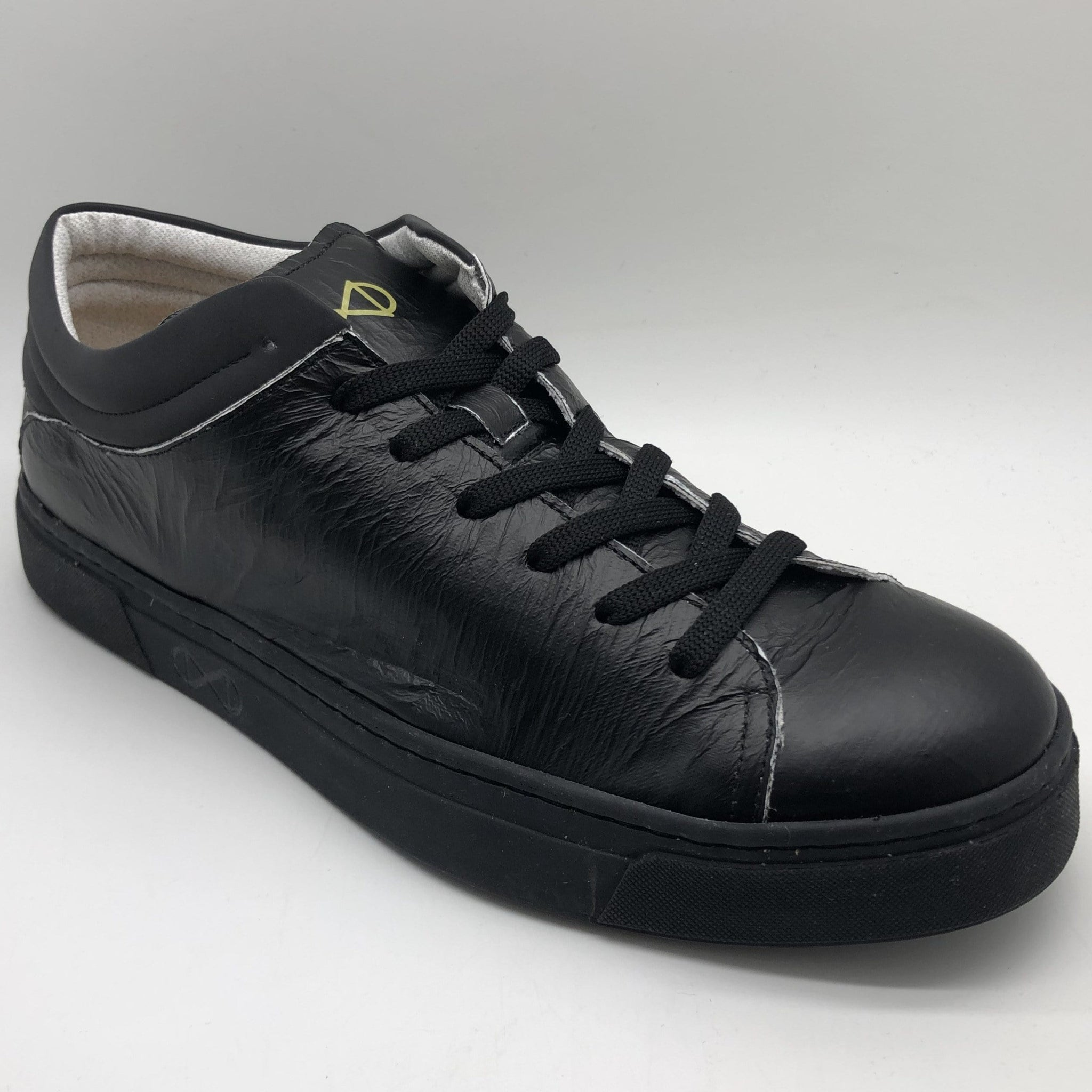 NAT 2 footwear nat-2™ Sleek Low Tyvek ® vegan black paper (W/M/X) sustainable fashion ethical fashion